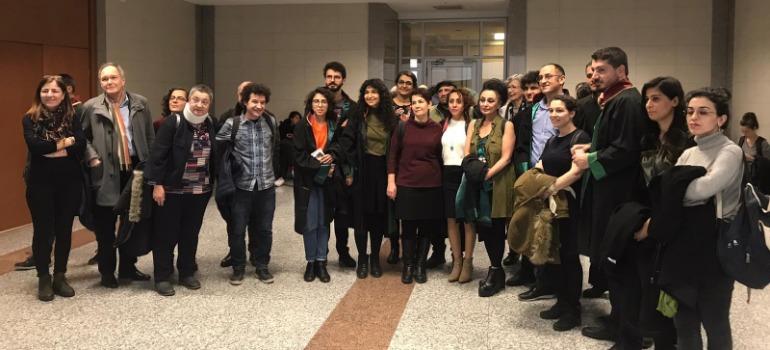 Three acquitted in Özgür Gündem trial