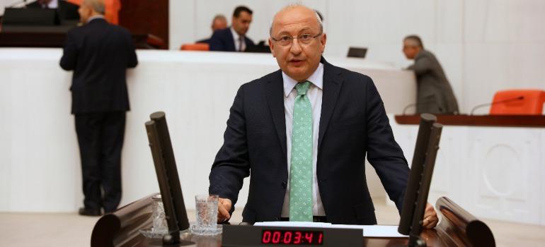 CHP's Çakırözer: Gov't bodies turned into weapons against the press