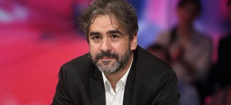 Journalist Deniz Yücel handed down prison sentence for