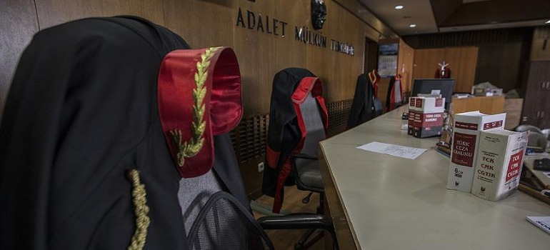 ANALYSIS: Prosecutors return to criminal courts of first instance