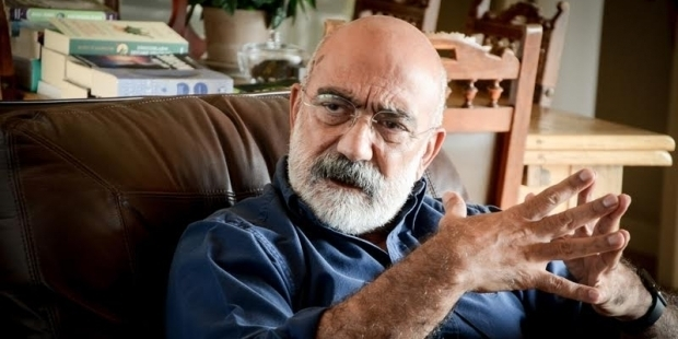 "Ahmet Altan acquitted in ""insult"" case"