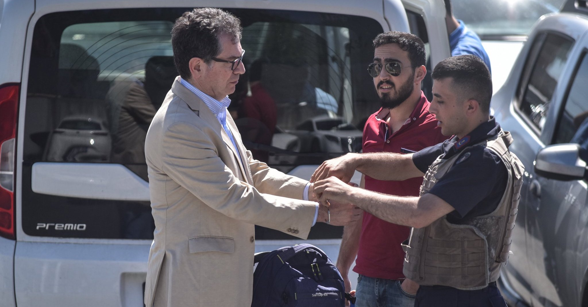 Kadri Gürsel freed after being locked up for 5 hours over upheld sentence